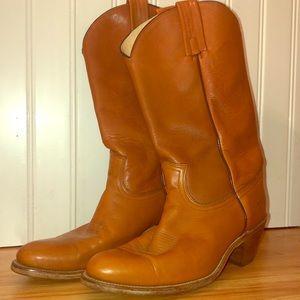 Women's FRYE Boots. Size 10.